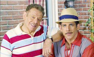 Les acteurs Jerry et Ben Stiller sur le plateau de la série «Un gars du Queens»