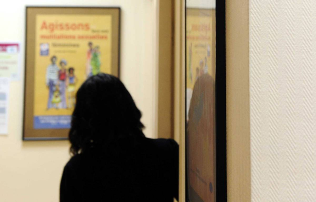 Une femme au centre d'orthogénie de la maternité des Lilas en janvier 2013.  – DURAND FLORENCE/SIPA