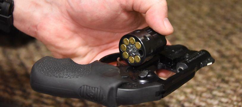 Un revolver à une foire aux armes en Floride, le 17 février 2018.