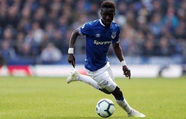 Mercato EN DIRECT: Idrissa Gueye s'est engagé avec le PSG... Bruno Genesio devrait entraîner en Chine