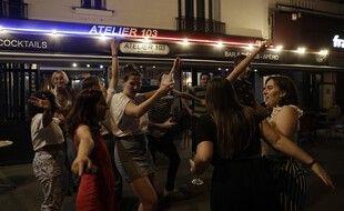 La fête de la musique à Paris ne s'est pas toujours déroulée dans le respect des règles sanitaires