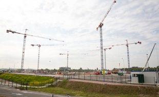 Le nouveau stade de Bordeaux, le 2 juillet 2013, deux mois et demi après la pose de la première pierre.