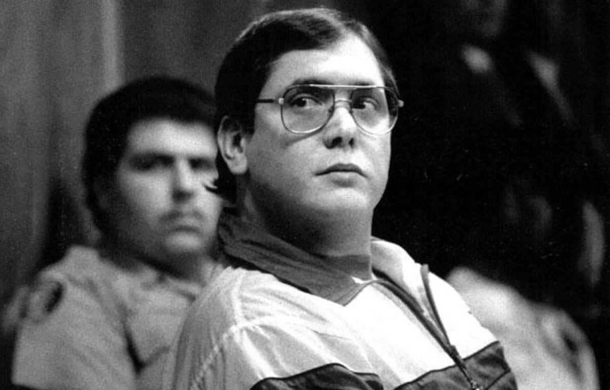 Manuel Pardo, le criminel qui aurait pu inspirer Dexter, lors de son procès en 1988.  – Marice Cohn Band/AP/SIPA