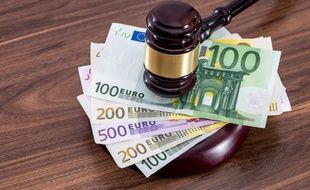 L'aide juridictionnelle permet aux citoyens les plus démunis d'exercer leurs droits en justice.