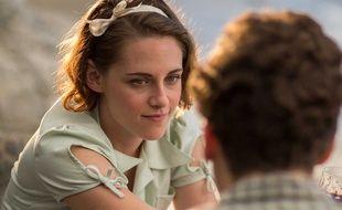 Kristen Stewart dans Café Society