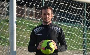 Daniel Jaccard, ici au stade Alexandre Morin de Ménival, où il encadrera des entraînements de son académie chaque lundi à partir du 5 novembre.