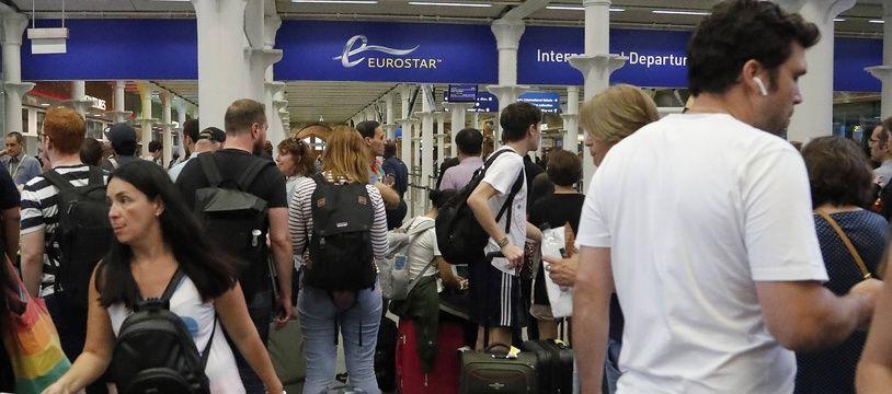 L'arrivée d'un Eurostar en gare de Londres Saint-Pancras.