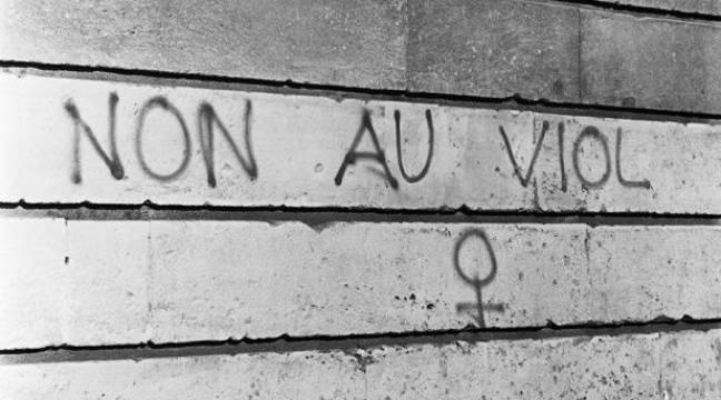Photo d'illustration d'un slogan contre le viol.Années 1950 –  COLLECTION RIBIERE/SIPA