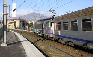 Illustration: U train.