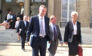 La sortie du premier Conseil des ministres à l'Elysée le 25 août 2009.