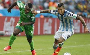 Le Nigerian Emenike face à l'Argentine, le 25 juin 2014