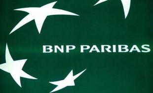 Le groupe bancaire français BNP Paribas a dévoilé jeudi un bénéfice net en hausse de 21% au troisième trimestre, malgré la crise financière dont il chiffre l'impact sur ses comptes à 301 millions d'euros.