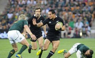 La Nouvelle-Zélande, déjà assurée de remporter le Four nations de rugby, s'est offert un sans-faute en battant l'Afrique du Sud 32 à 16, bonus offensif à la clef, samedi au Soccer City de Johannesburg lors de la 6e et dernière journée.