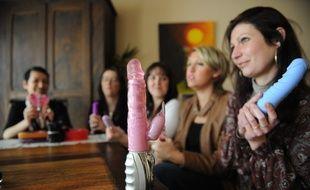 LES TOUCHES, le 28/02/2011 Vendeuses de sex-toys à domicile.