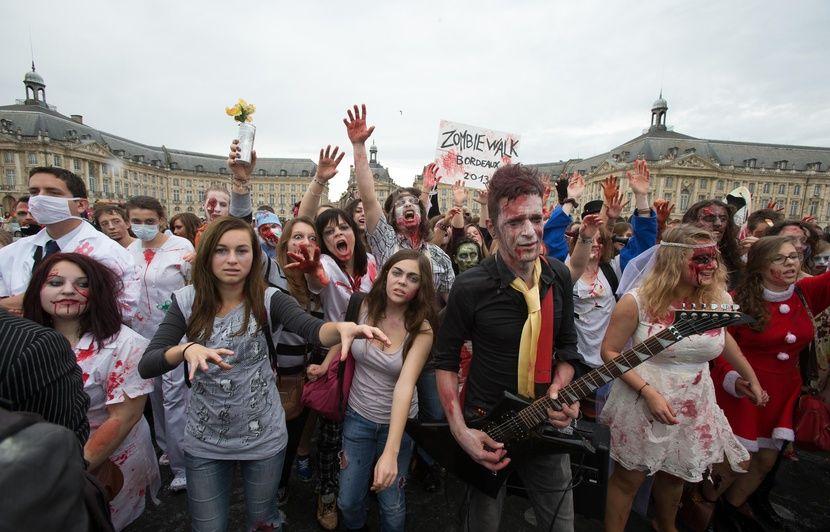 Bordeaux : La Zombie Walk déambulera autour de la place de la Victoire cette année