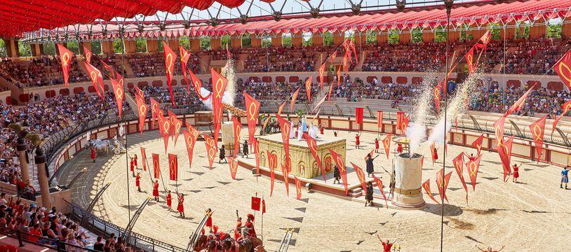 L'incontournable spectacle de gladiateurs du Puy du Fou (illustration avant le Covid.