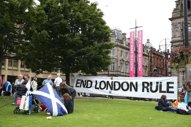 Des manifestants pour l'indépendance de l'Ecosse à Glasgow, le 19 septembre 2015.