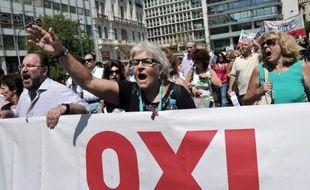 Le principal syndicat grec de la fonction publique Adedy a lancé vendredi soir un appel à la grève dans l'administration les 18 et 19 septembre contre le plan de mutations exigé par les bailleurs de fonds du pays dont une mission est attendue à Athènes fin septembre.