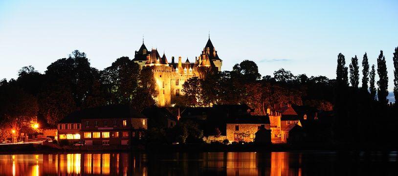 Vue du château de Combourg où l'écrivain François-René de Châteaubriand a vécu une partie de sa jeunesse.