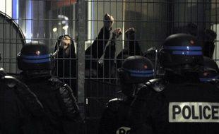 Battus vendredi pour la neuvième fois de la saison en Ligue 1 (3-1 par Rennes), les joueurs de Nancy ont en plus dû faire face à la colère d'une cinquantaine de leurs supporteurs, qui ont réussi à se frayer un chemin jusqu'au vestiaire.