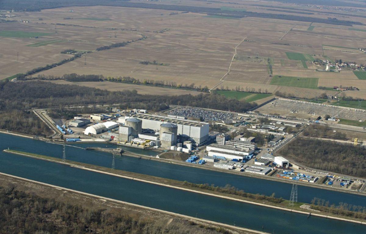 Vue aérienne de la centrale nucléaire de Fessenheim le 5 septembre 2012. –  SAUTIER PHILIPPE/SIPA