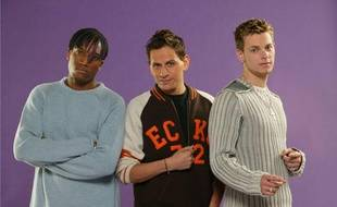 Le groupe Link Up, créé à l'issue de l'émission Popstars sur M6 en 2004. Avec notamment M.Pokora (à droite).