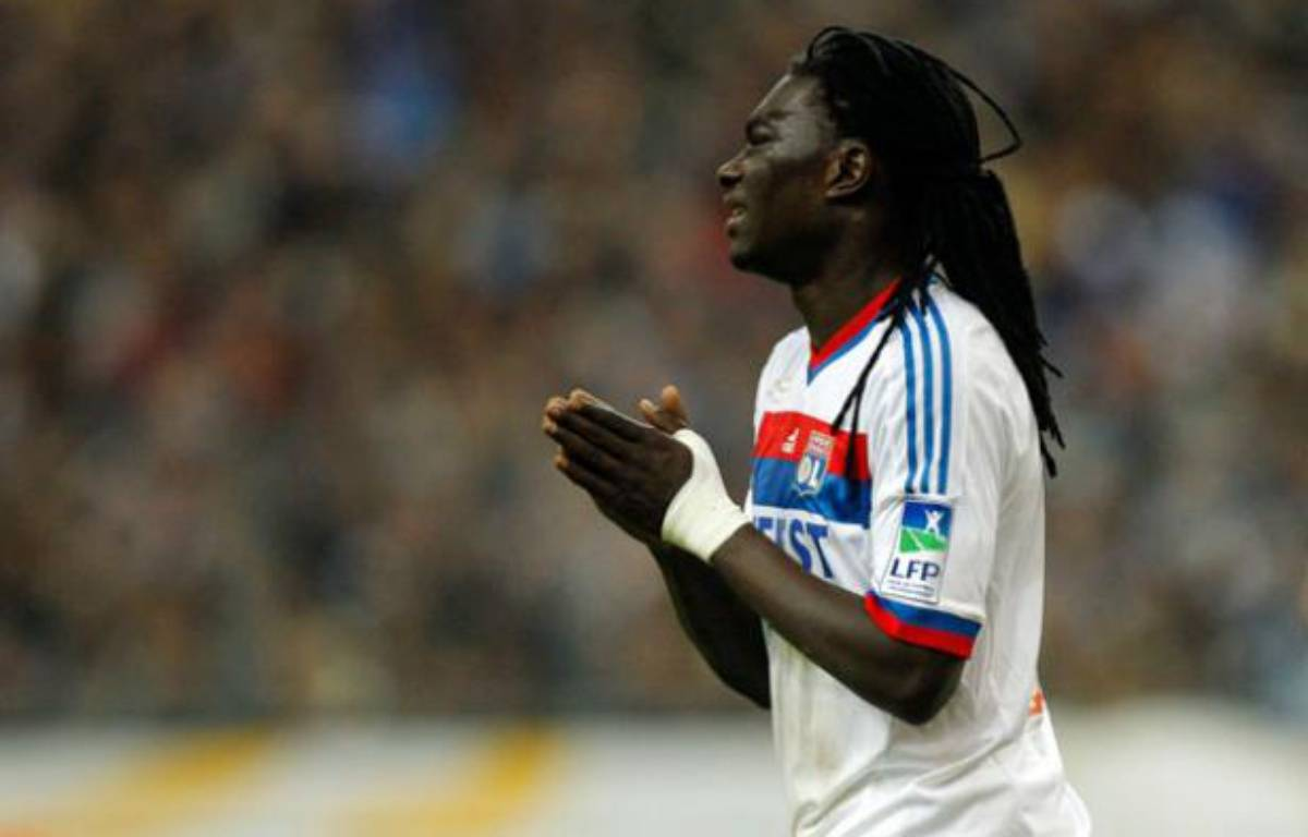 Bafétimbi Gomis pendant un match de Lyon en avril 2012. – Benoit Tessier / Reuters