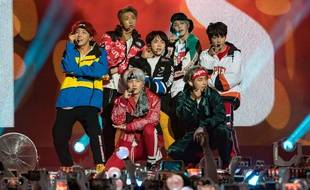 Le groupe BTS en live en novembre 2017 dans l'émission de Jimmy Kimmel.