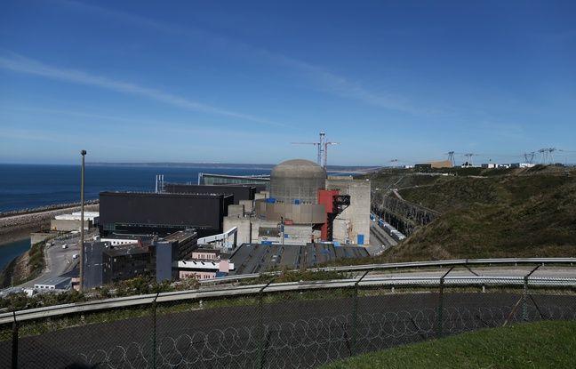 Photo d'archives du 28 septembre 2015, montrant le dôme du réacteur 1 de la centrale nucléaire de Flamanville.