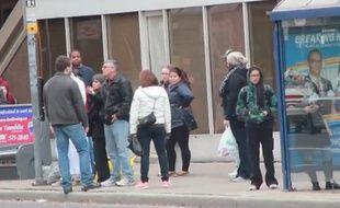 Dans cette caméra cachée, l'un des acteurs, vêtu d'une djellaba était verbalement agressé par un complice qui tenait des propos islamophobes en pleine rue.