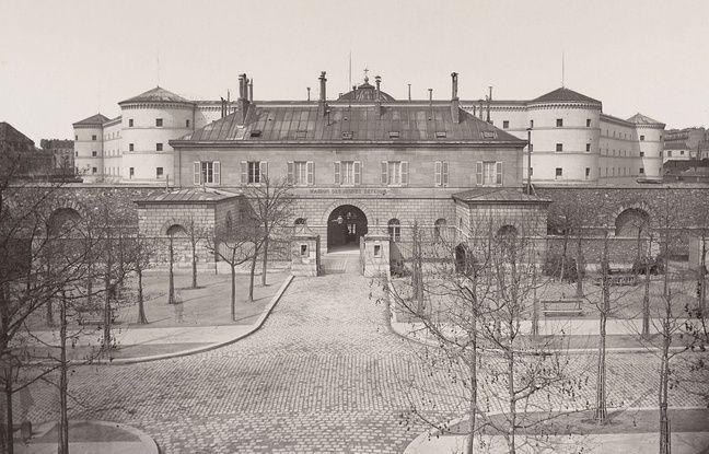 La Petite Roquette , détruite en 1974, a été le premier centre centre pénitentiaire pour jeunes détenus.