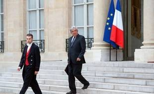 Après une séquence de politique internationale très intense, François Hollande a entamé lundi une série de rencontres franco-françaises avec les représentants des principaux partis du pays en vue du G20 au Mexique et de la conférence sur le développement durable à Rio.