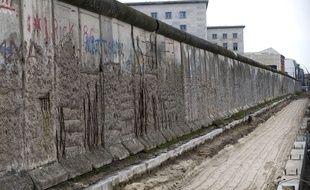 Le mur est resté debout pendant près de 28 ans