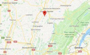 L'avion de tourisme s'est écrasé à Saint-Laurent-la-Roche dans le Jura.