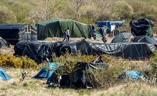 Un camp de migrants le 15 avril 2015 à Calais