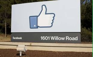 L'entrée du campus Facebook en Californie, le 16 janvier 2012.