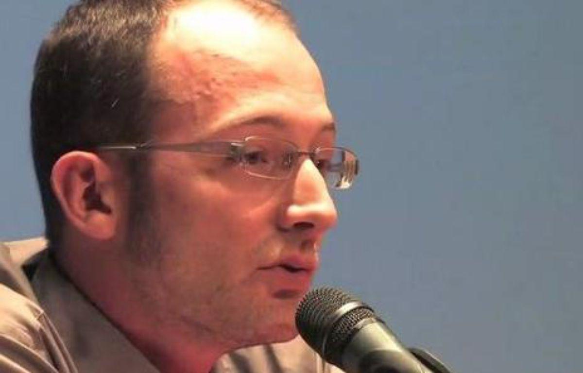 Philippe Légé, enseignant à l'université de Picardie et membres des «Economistes atterrés» – dailymotion