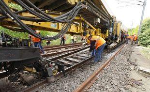 Le chantier vise à renouveler tous les éléments de la voie ferrée.