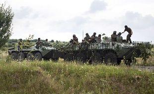 Des soldats ukrainiens près de Mukacheve, le 13 juillet 2015.
