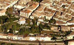 Le village de Monflanquin dans le Lot-et-Garonne, où a vécu recluse la famille Védrines
