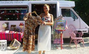 Charlotte a installé son « fashion truck » à La Colle.
