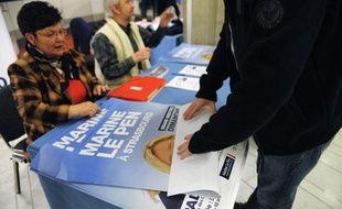 Affiches de Marine Lepen, candidate à la présidentielle 2012. AStrasbourg, le 12 février.