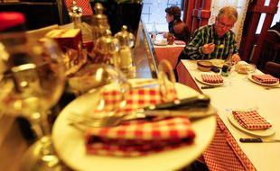 """Illustration d'un """"Bouchon"""", restaurant lyonnais.  CYRIL VILLEMAIN/20 MINUTES"""