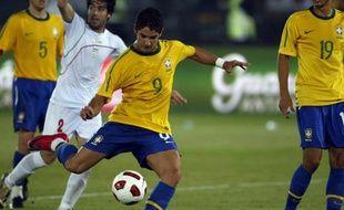 L'attaquant brésilien Pato, en octobre 2010, contre l'Iran.