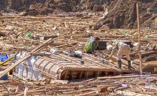 Les abords de la ville de Copiapo après la crue de la rivière El Salado au Chili, le 1er avril 2015