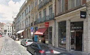 Rue commerçante au centre de Lille