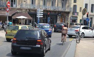 La place Saint-Denis, à Montpellier, près des anciennes halles Laissac, où la qualité de l'air est particulièrement mauvaise.
