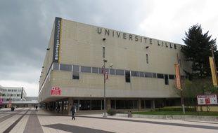 A Villeneuve d'Ascq, le 14 octobre 2015 - L'entree de l'universite de Lille-3