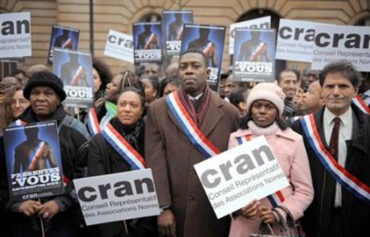 Alors que le président Nicolas Sarkozy plaide pour la diversité, seule une poignée de candidats d'origine africaine ou asiatique sont en mesure de conquérir un fauteuil de maire lors du scrutin local des 9 et 16 mars en France, pourtant premier pays d'immigration en Europe. – Martin Bureau AFP/Archives