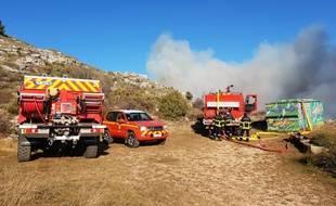Des pompiers mobilisés sur un feu à Tourrettes-sur-Loup en février 2019